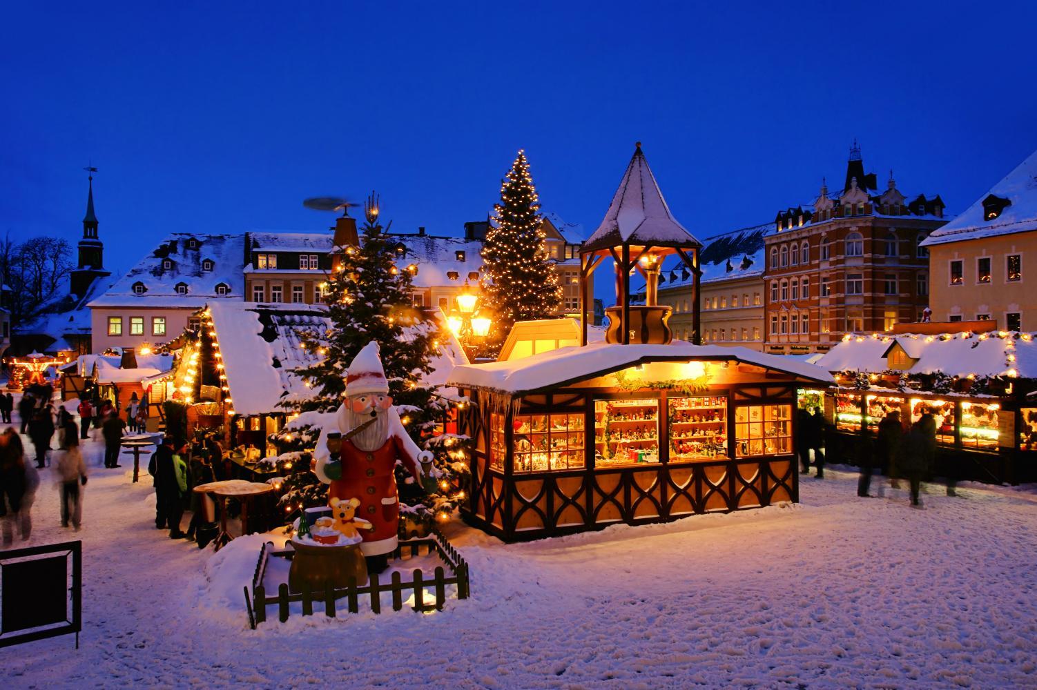 Kerstmarktcruise Dusseldorf Feenstra Rijn Lijn